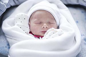 Первое приданое для новорожденного
